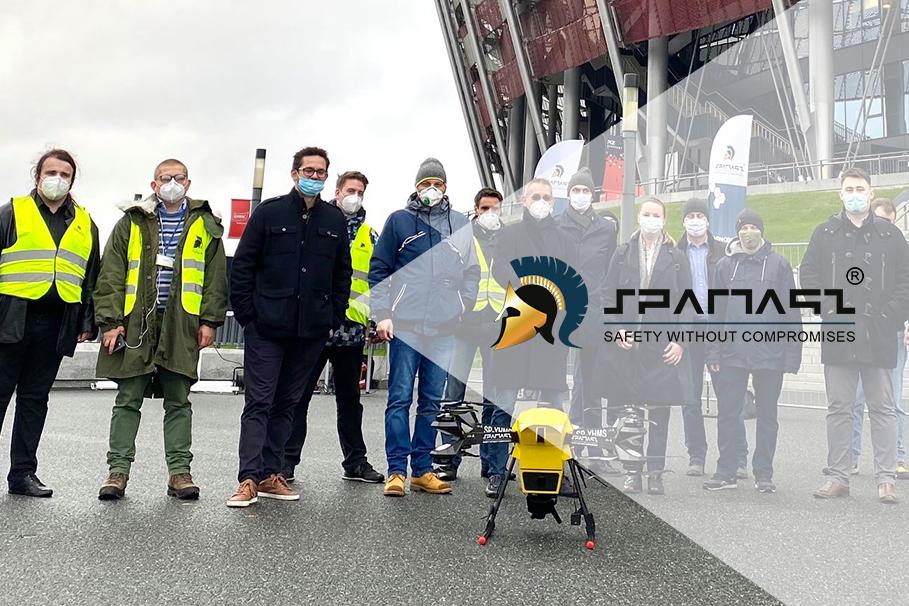 Lot dronoida Hermes V8MT ze szpitala na Stadionie Narodowym w Warszawie zakończony sukcesem!