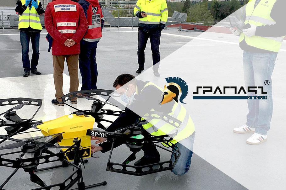 Zahraniční média o dopravním letu dronoidu Hermes V8MT mezi varšavských nemocnic.
